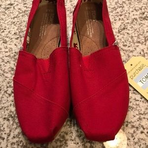 Toms Red classic slip-ons